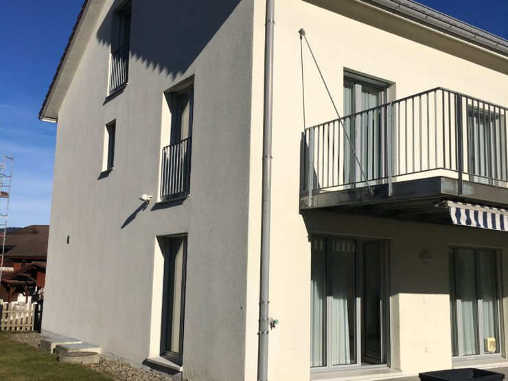 Moderne, bright 5.5 Rooms Semi-Detached House in close proximity to the lake